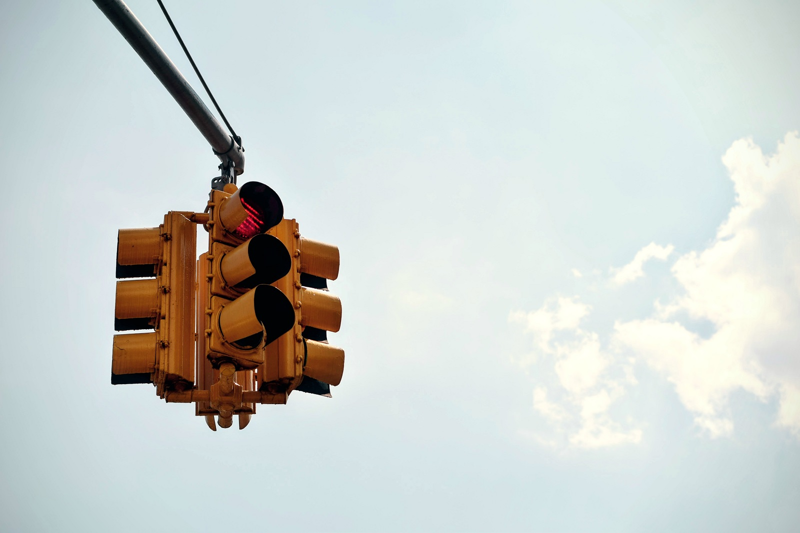 a photo of a stop light on red
